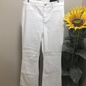 NWT Chic's white jeans size 2.5 (14)
